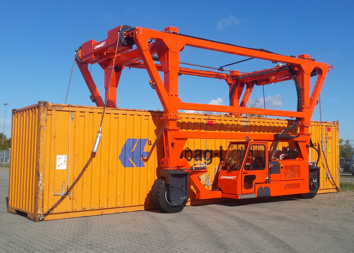 Combi-SC3 Standard Chain Straddle Carrier